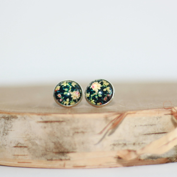 black floral stud earrings