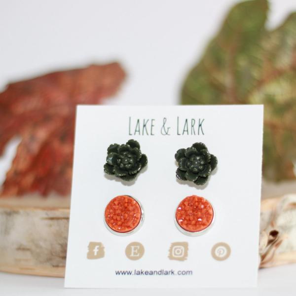 olive green pumpkin spice earrings