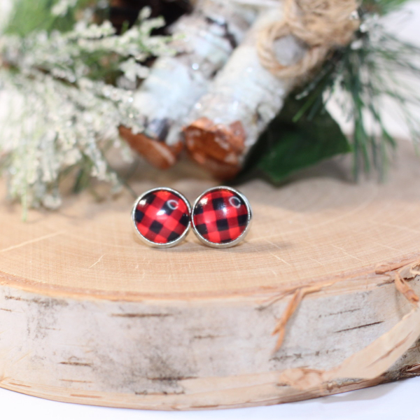 buffalo plaid stud earrings lake and lark (1)