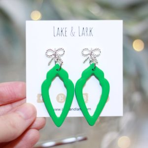 fancy bow green teardrop earrings
