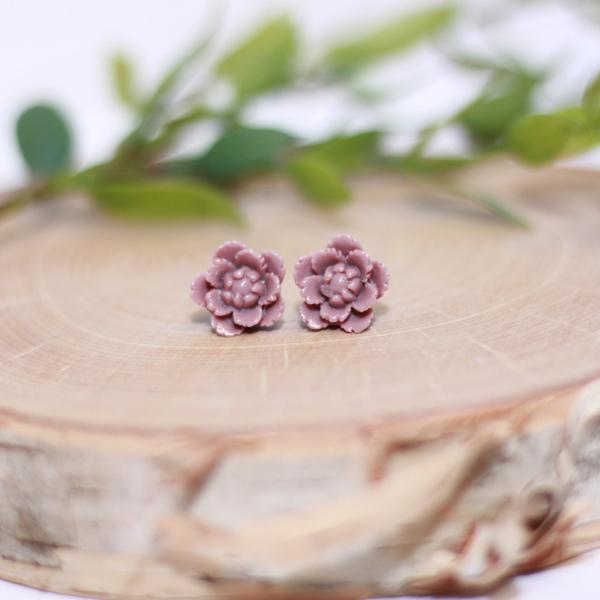 grape purple flower stud earrings