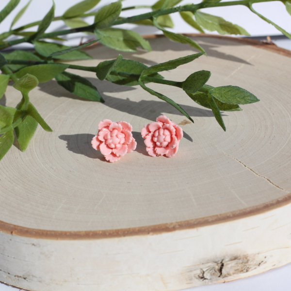 pastel pink flower stud earrings
