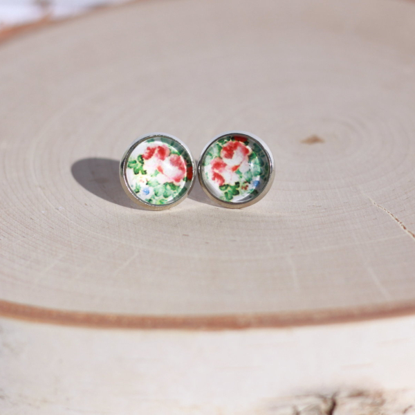 blue red green flower earrings