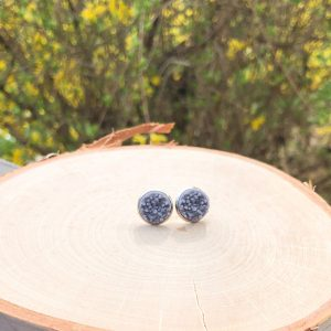 gray cabochon stud earrings