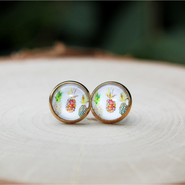 gold pineapple stud earrings