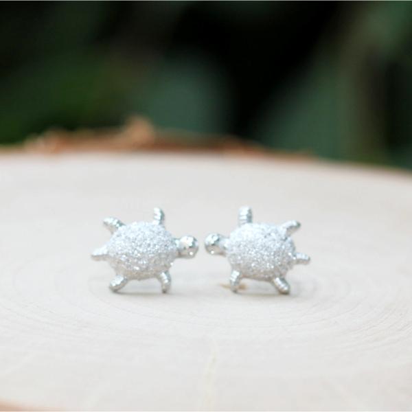glitter silver turtle earrings